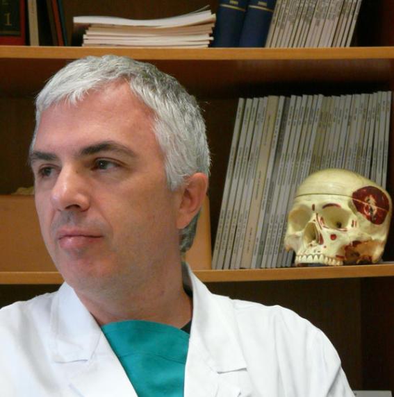 Dr. Farneti